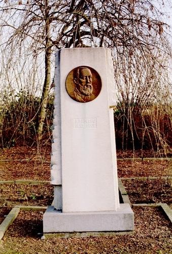 Wetteren Smetledesteenweg zonder nummer Adolf Papeleu herdenkingsmonument