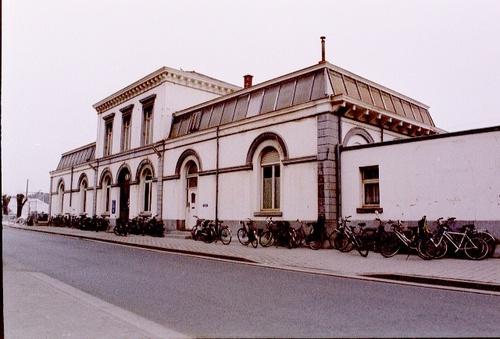Wetteren Stationsplein 15  hoofdgebouw