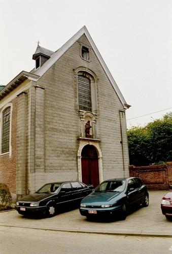 Wetteren Ten Ede Dorp zonder nummer Voorgevel van de Sint-Annakerk