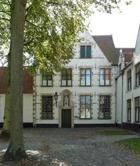 Administratieve zetel, infirmerie, kapel en woning van de grootjuffrouw van het begijnhof