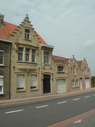 Lo-Reninge Ooststraat 22-24 Burgerhuizen