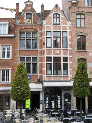 Leuven Oude Markt 38-39