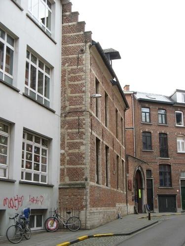 Leuven Charles Deberiotstraat 1-3