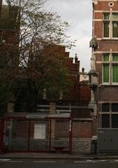 Bewaarschool Sinte Maria en 18de-eeuwse calvarieberg