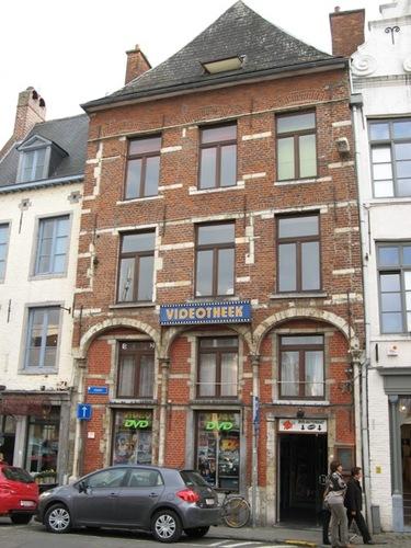 Leuven Vismarkt 2