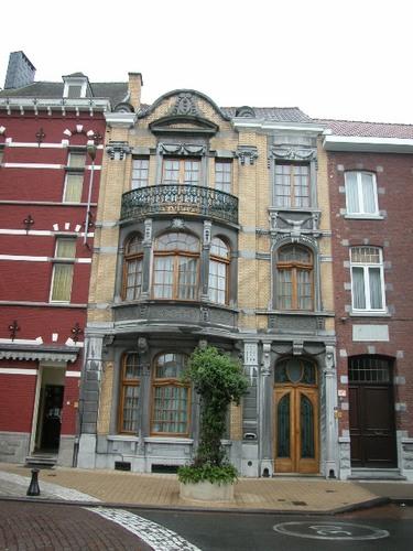 Ronse Charles Vandendoorenstraat 31