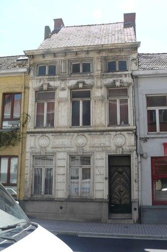 Ronse Ninovestraat 11