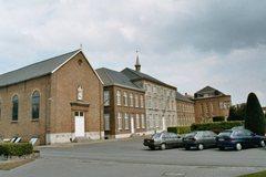 Klooster, kapel en scholencomplex van de zusters Bernardinnen