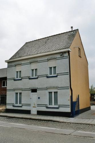 Assenede Bassevelde Assenedestraat 59