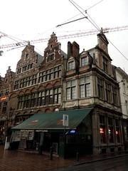 Sint-Veerleplein 10 (https://id.erfgoed.net/afbeeldingen/123602)