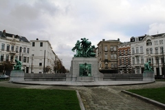 Standbeeld Lambermont