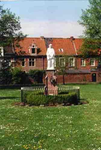 Dendermonde Begijnhof zonder nummer Christusbeeld