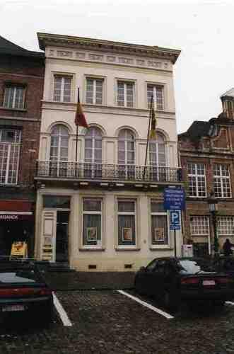 Dendermonde Grote Markt 19