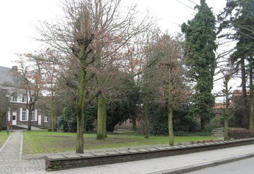 Ardooie Mgr. Roelensstraat zonder nummer park