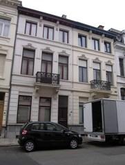 Gekoppelde neoclassicistische burgerhuizen