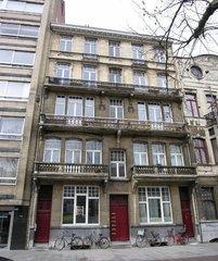 Appartementsgebouw, herenhuis en burgerwoning in eclectische stijl