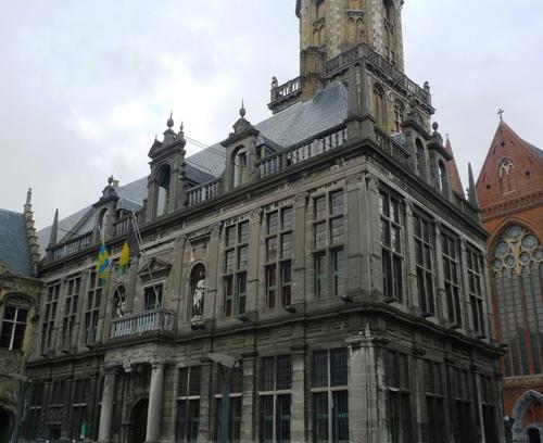 Veurne Grote Markt 29