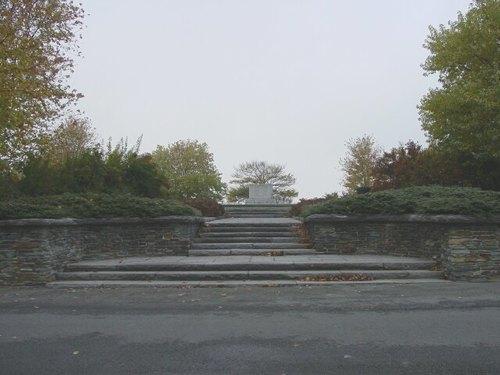 Passendale: Canadalaan: Canadees gedenkteken: toegang