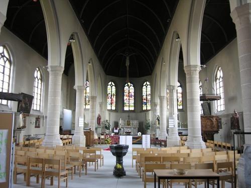 Heuvelland Loker Dikkebusstraat 133 Sint-Petruskerk interieur