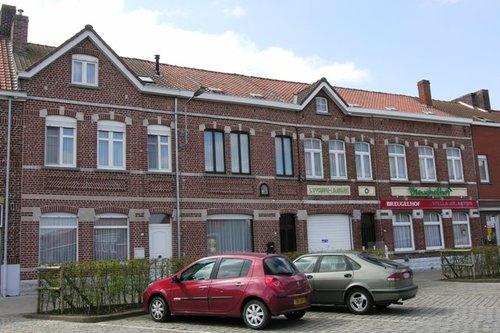 Heuvelland Nieuwkerke Markt 23, 25, 27