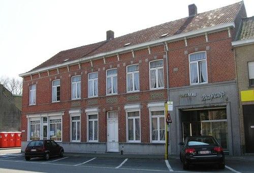 Poperinge Reningelstplein 1, 2
