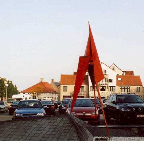 Koekelare Sint Maartensplein zonder nummer Kunstwerk Wie Weet?