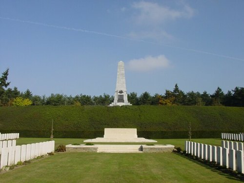 Zonnebeke: Buttes New British Cemetery: Stone of Remembrance & Obelisk 5th Australian Division