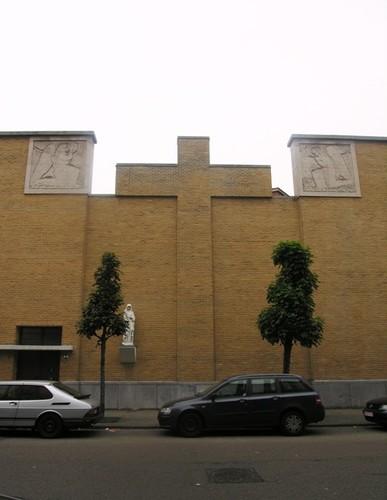 Antwerpen Karel Rogierstraat 12, achtergevel Sint-Walburgiskerk