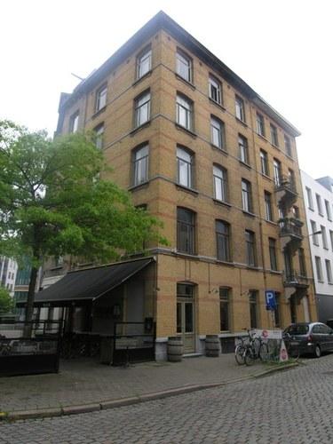 Antwerpen Lakenstraat 16/Waalsekaai