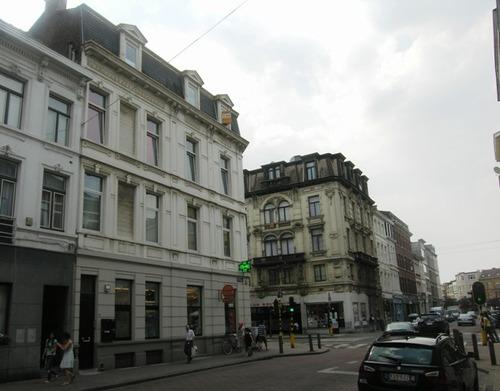 Antwerpen Zicht in de Broederminstraat: hoekpanden met de Brederodestraat