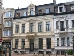 Woning en magazijn van aannemer G. Van Bergen