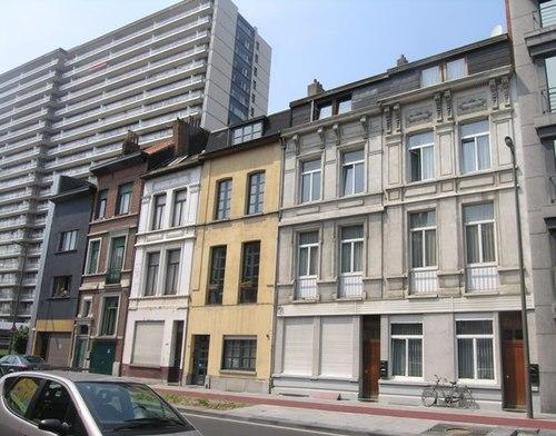 Antwerpen Montignystraat 102-98-96