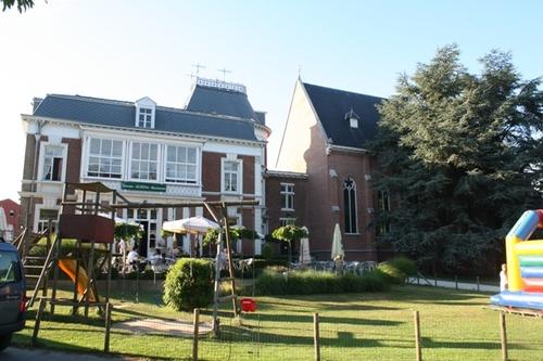 Kontich Antwerpsesteenweg 73-77