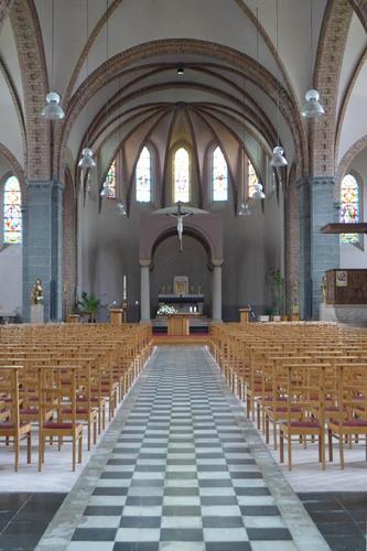 Langemark-Poelkapelle Guynemerplein zonder nummer parochiekerk Onze-Lieve-Vrouw