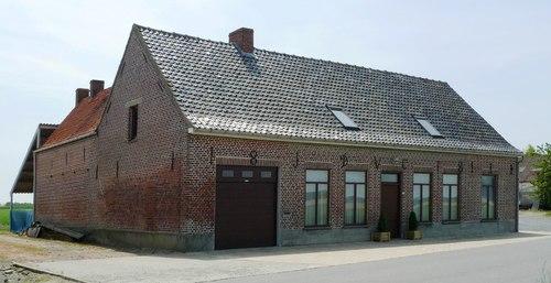 Poperinge Woestenseweg 19-21
