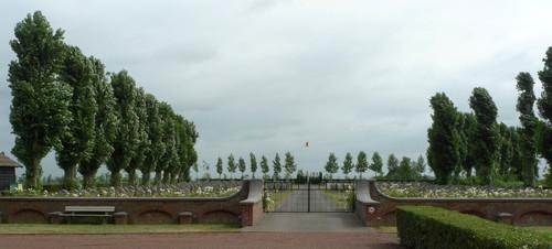 Steenkerkestraat_znr_Belgische_militaire_begraafplaats_1