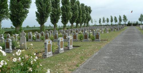 Steenkerkestraat_znr_Belgische_militaire_begraafplaats_3