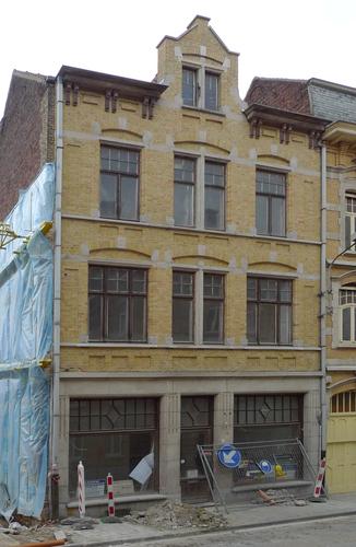 Ieper D'Hondtstraat 2
