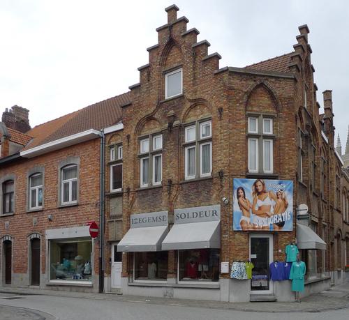 Ieper D'Hondtstraat 41-43