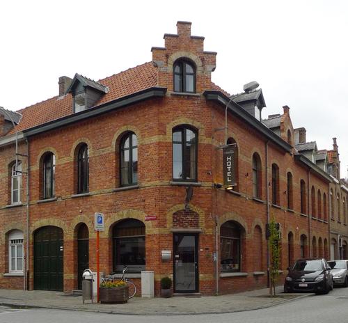 Ieper D'Hondtstraat 52-54