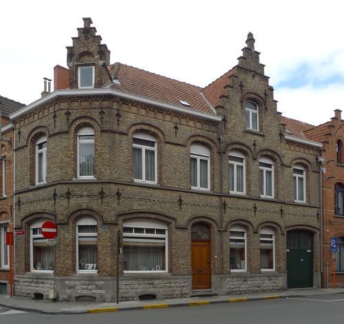 Ieper Lange Torhoutstraat 1