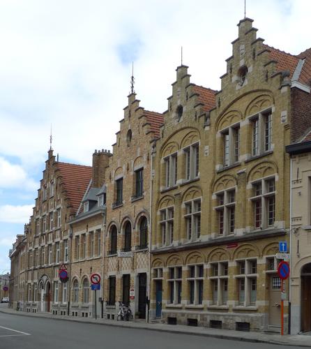 Ieper Lange Torhoutstraat 4-16