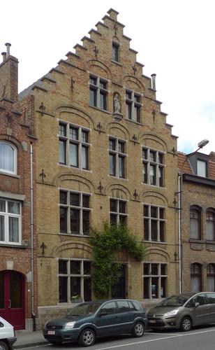 Ieper Lange Torhoutstraat 11