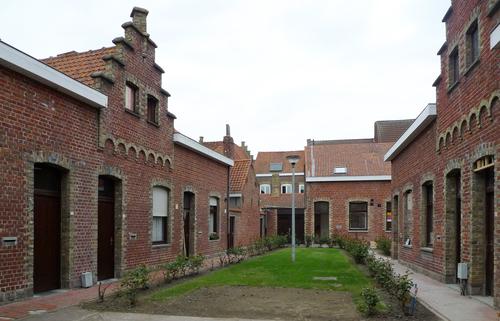 Ieper Rijkeklarenstraat 1-71