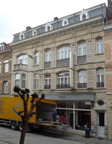 Ieper Stationstraat 9-11