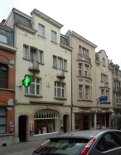 Ieper Stationstraat 28-32