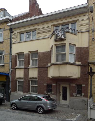 Ieper Stationstraat 35