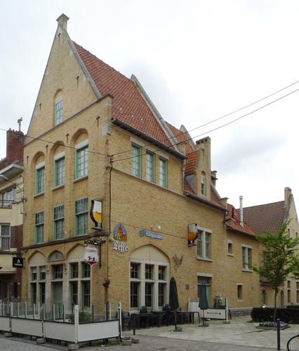 Ieper Stationstraat 37