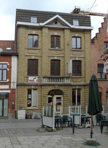 Ieper Stationstraat 38