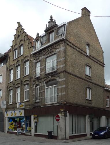 Ieper Stationstraat 62-64